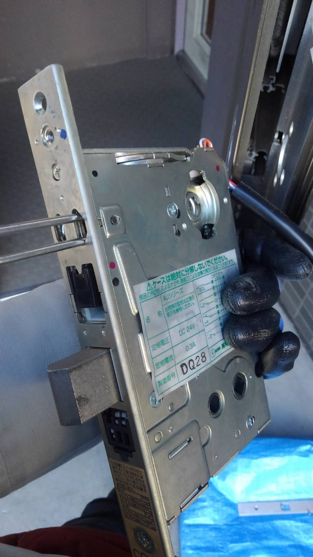 玄関の電気錠の点検