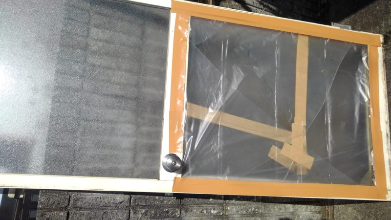 風呂場のガラスの割れ替え