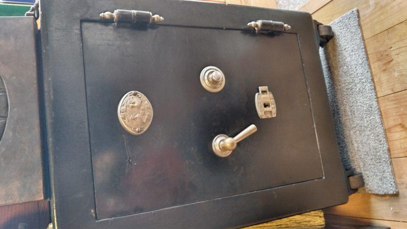 アンティーク金庫ダイヤル解錠-和錠鍵作製作業
